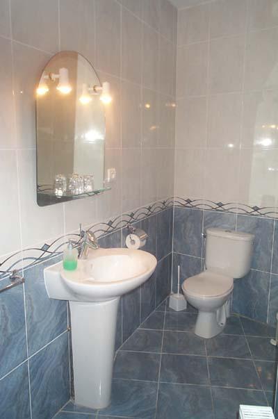 Chambres d 39 h tes et g te g tes font romeu pyr n es for Fumer dans la salle de bain